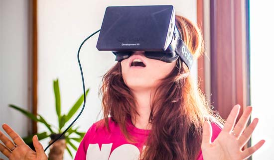 Getting inside the OCULUS RIFT